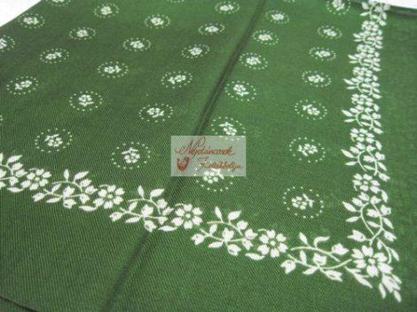 fejkendő virágos zöld-fehér