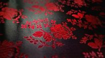 Selyem-brokát 5686 fekete-piros 29